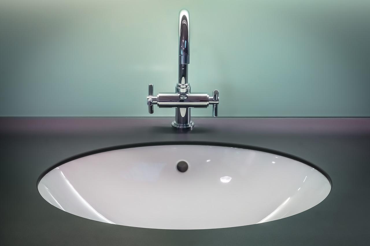 Reduktor ciśnienia wody – niezbędny w Twoim domu!
